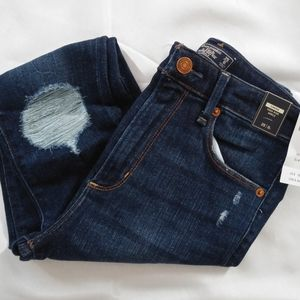 Nwt Abercrombie & Fitch Ripped Ankle Jeans | 25L
